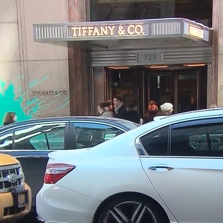 @lvmh to buy @tiffanyandco for $16.2 billion @france2