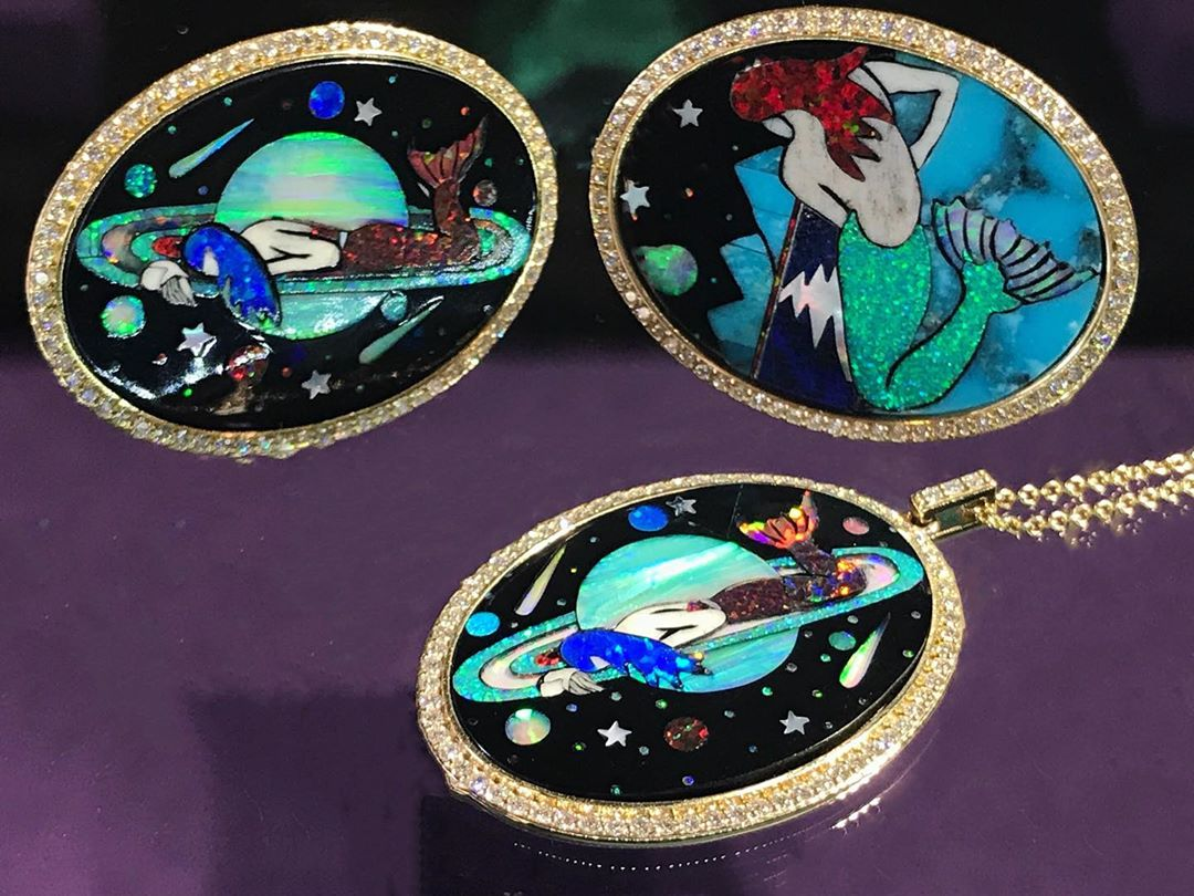 Well done @jennydeejewelry Love your necklaces featuring beautiful mermaids in gemstones inlay. Inspired by the collages of the #greekdesigner @eugenia_loli #eugenialoli