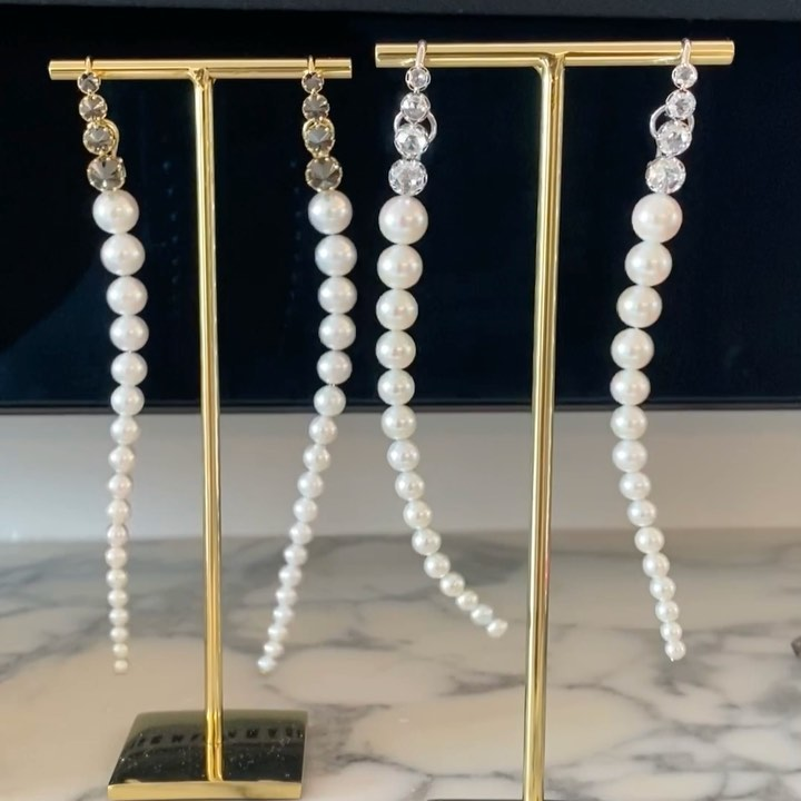 Just met the talented @mizukijewels from #japan based in #usa🇺🇸 #newyorkcity #sandiego #lajolla Her beautiful work is focused on #pearls #freshpearl #tahitianpearls #japanesepearls More in my stories